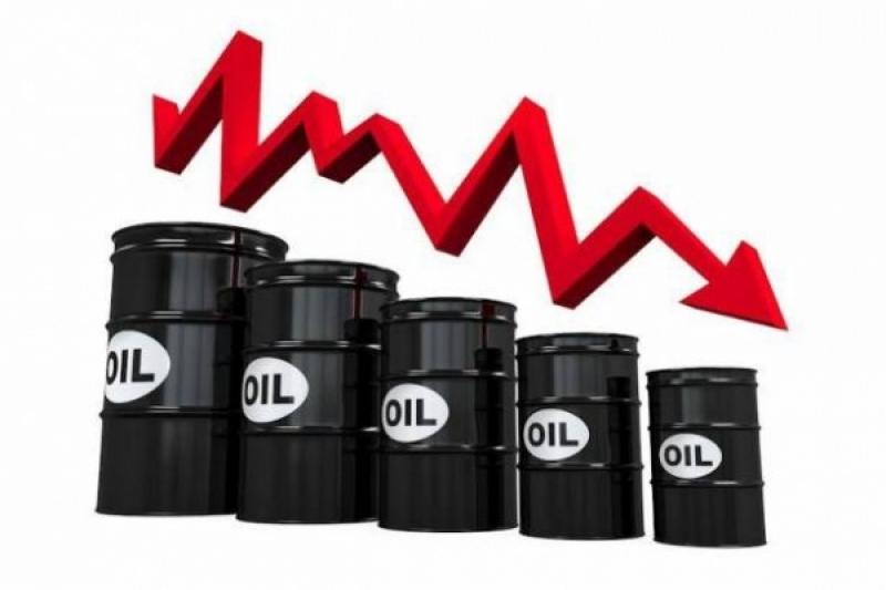 انهيار النفط: 114 دولارا للبرميل في يوليو