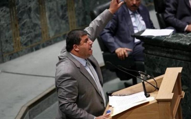 السعود يصف حكومة النسور بالعرجاء ويطالبها بالاعتذار للشعب الأردني