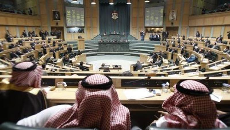 مجلس النواب يفرض عقوبات على المتاجرين بالمواد المدعومة