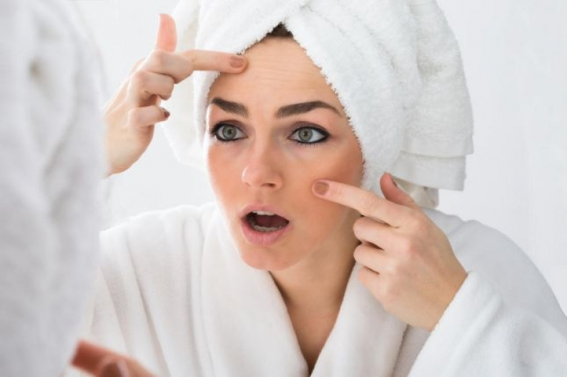5 خطوات عملية لإخفاء عيوب وجهك