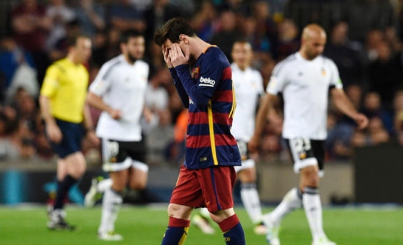 سقوط جديد لبرشلونة يشعل المنافسة واتلتيكو يستعيد المركز الثاني