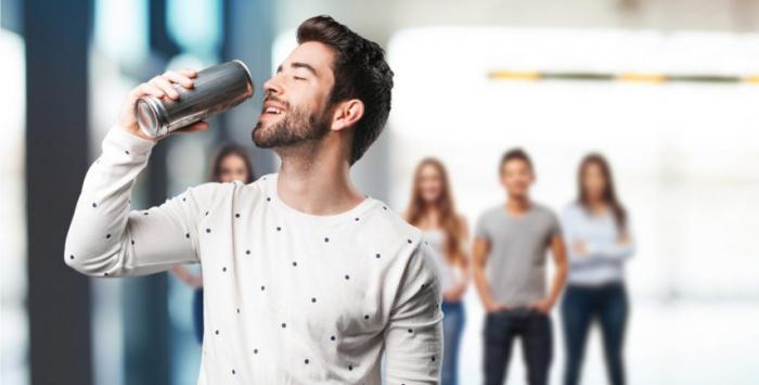مشروبات الطاقة تجعلك أكثر عرضة لإدمان المخدرات!