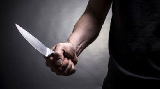أربعيني ينهي حياة زوجته العشرينية بسكين في الزرقاء