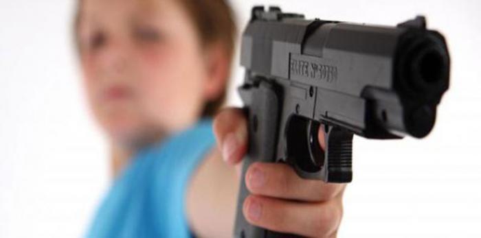 طفل لبناني في الرابعة من عمره يقتل أمه