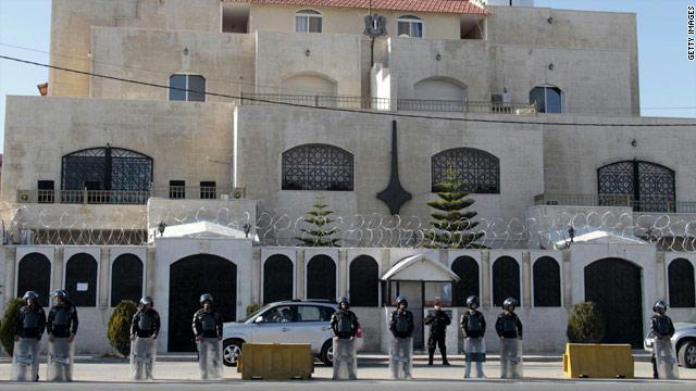 السفير السوري في عمان.. فتح 'معبر جابر' قريب جداً ويتغزل بالشعب الاردني