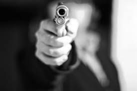مجهول يطلق النار على محل حلويات بمرج الحمام