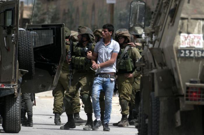 اعتقالات واصابات بمواجهات مع الاحتلال في الضفة الغربية