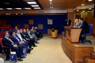 رئيس جامعة عمان الاهلية يلتقي كوكبة من ممثلي المجتمع المحلي