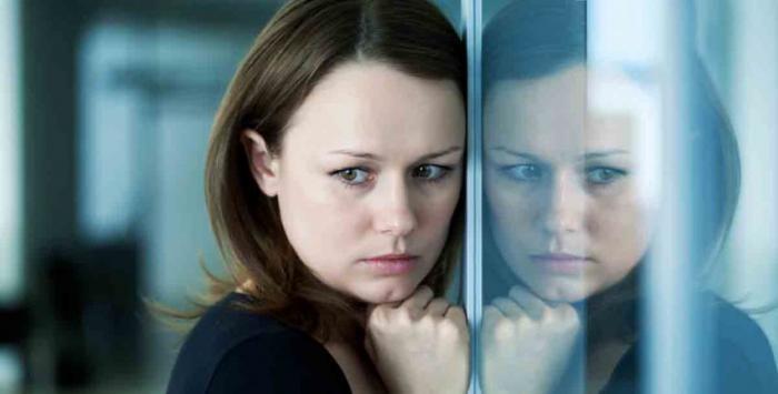 هذا الهرمون يجعل المرأة تخشى التجارب العاطفية الجديدة!