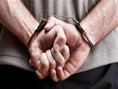 القبض على مصريين يمنحان شهادات دبلوم غير معتمدة