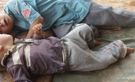 وفاة طفلين في مخيم الركبان على الحدود السورية الاردنية