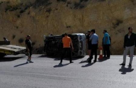 اصابة 4 اشخاص من عائلة واحدة بحادث تدهور في عجلون