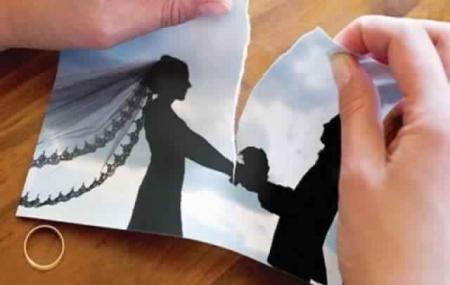 أردنية أرادت اسعاد زوجها فتفاجأت بالطلاق