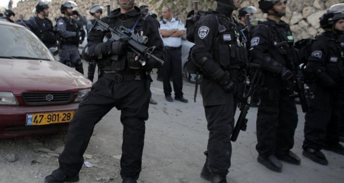 اعتقال فلسطيني بحوزته سكينين وقرآن في مستوطنة