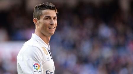 رونالدو يبدأ أولى خطوات الرحيل عن ريال مدريد