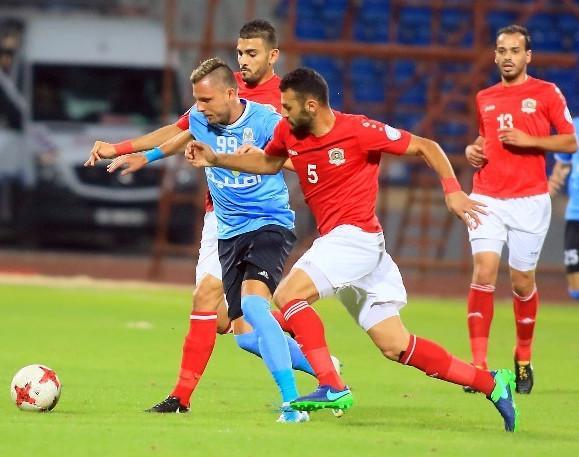 الجزيرة يهزم الفيصلي ويضع قدما في نهائي كأس الأردن
