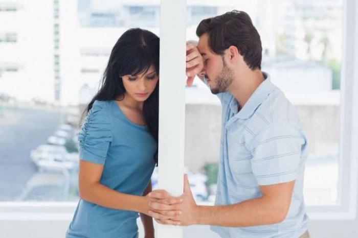 4 أخطاء ترتكبها المرأة عندما تقع في الحب !