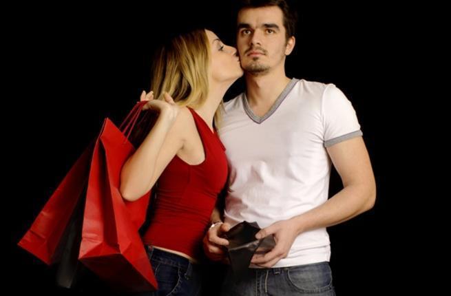 5 مؤشرات تدل على انها لا تحبك بل تستغلك
