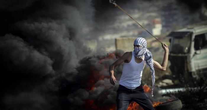 مواجهات عنيفة في جميع المدن الفلسطينية
