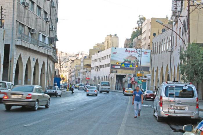 عمان.. قصص بائعات هوى يعملن دون رادع