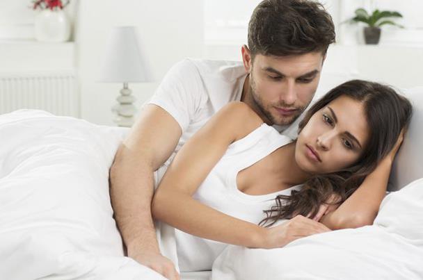 كيف تتصرف مع زوجتك خلال الدورة الشهرية ؟