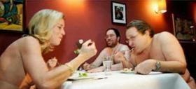 مطعم خاص لهواة التعري في نيويورك