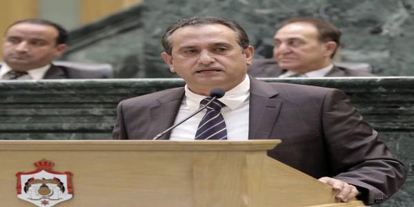 النائب المجالي يهاجم زميله الصفدي.. استرضت الحكومة على حساب الشعب الاردني