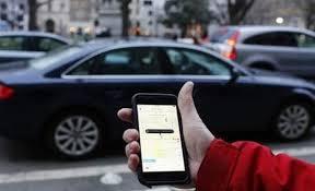 نواب يدعون الحكومة لايقاف تطبيقات النقل الذكية