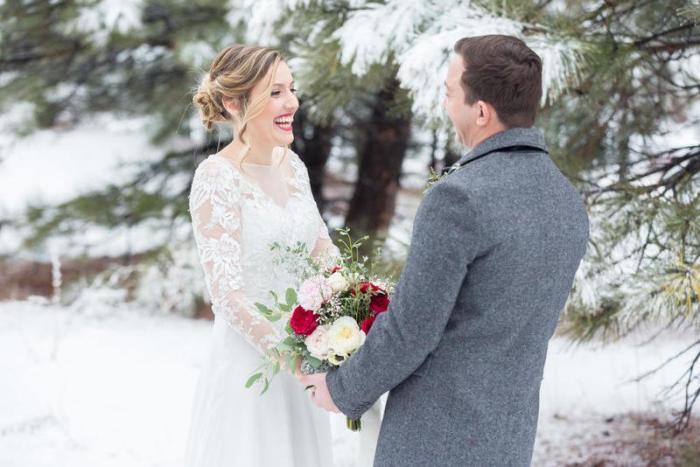 تتزوجين في الشتاء.. إليك بعض الأفكار لتنظيمه
