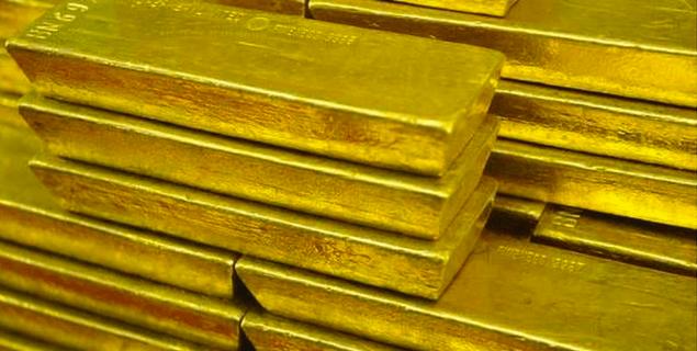 الذهب يرتفع من أدنى مستوى بفعل تراجع الدولار