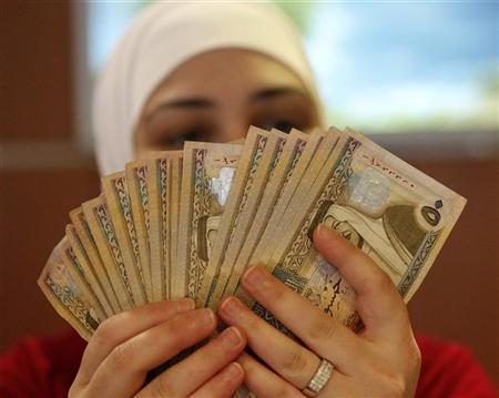 ترجيح صرف الرواتب والمطالبات دون اللجوء لاوامر مالية