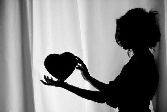قلب المرأة دليلها