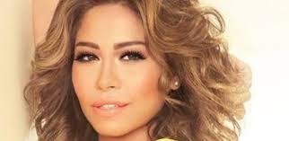 توقيف شيرين عبدالوهاب في المطار لحيازتها أقراص مخدرة