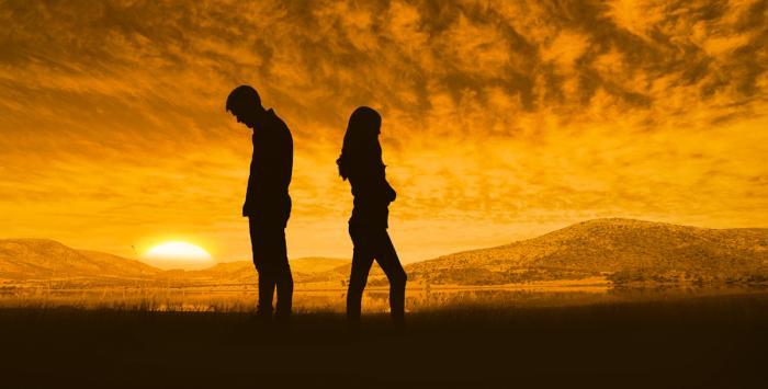 أبرزها الخوف من المواجهة.. هذه العلامات تدلّ على اختلال علاقتكِم