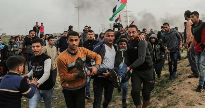 اصابة 23 مواطناً جراء المواجهات مع الاحتلال