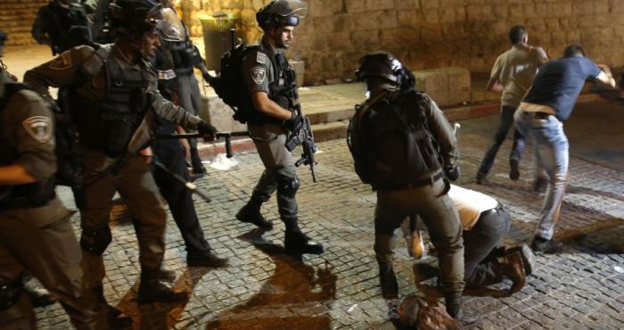 استشهاد شاب بعد تعرضه للضرب من قبل جنود الاحتلال خلال اعتقاله