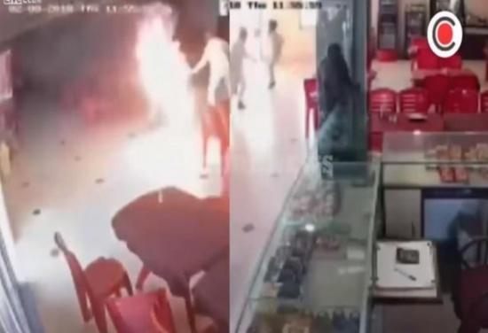 بالفيديو ..رجل ينفذ أغرب انتقام من فتاة شهدت ضده بالمحكمة