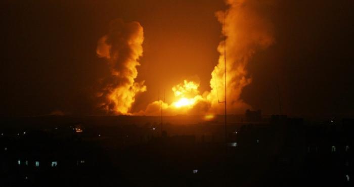 طائرات الاحتلال تقصف غزة بـ 18 صاروخا