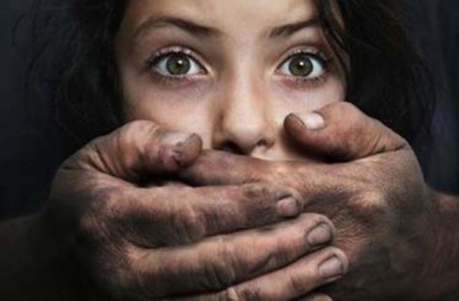 مغربية تنجب من أخيها طفلة بعد أن عاشرها لمدة عام