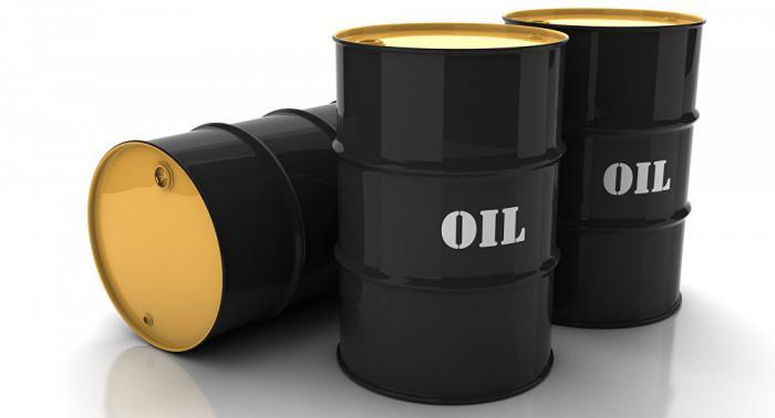 أسعار النفط تواصل خسائرها عالميا
