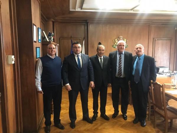 بحضور د. الحوراني ....النائب الصقور يبحث مع المسؤولين البلغاريين دعم الاستثمار الاردني
