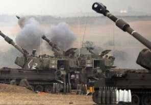 طائرات العدو تُلقي قنابل سامة على الشعب الفلسطيني