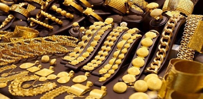 ارتفاع عقود الذهب