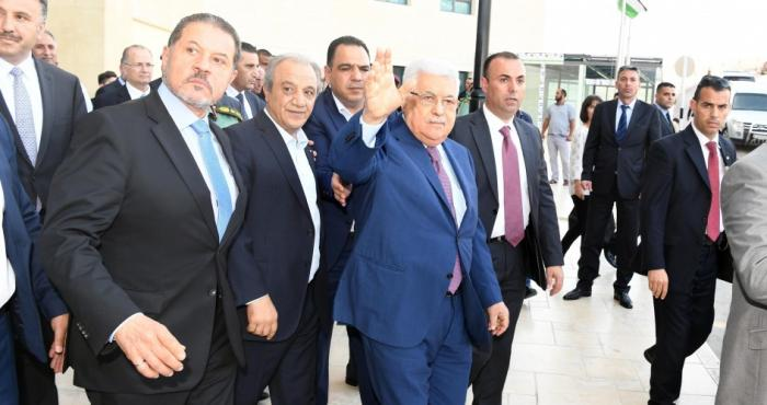 عباس يكشف مخطط انتقال الحكم ليُفسد الأسماء التي طُرحت لوراثته