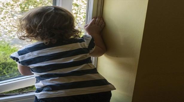وفاة طفل سقط من شرفة منزله بالمزار الجنوبي