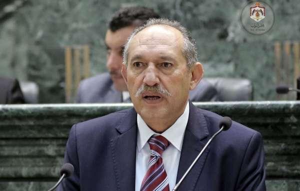 النائب العبادي: من وضع تعديلات الضريبة ليس أردنيا ولا يعرف أوضاع البلاد