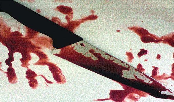 عصابة اجرامية من 30 عنصرا تذبح شابا وتقطع جثته أمام الامن
