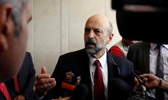 الأردنيون يترقبون تشكيلة حكومة الرزاز ( بين أمل وخوف )