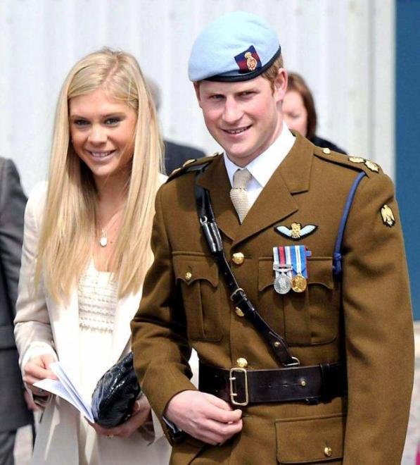 تعرف قصة الفتاة التي رفضت الزواج من الأمير هاري.. صور