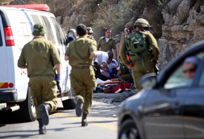 إصابة 3 جنود إسرائيليين دهسًا جنوبي القدس